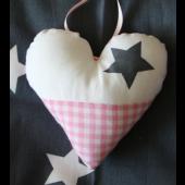 stoffen hartje wit met ster en boerenbont roze